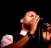 Eric Roberson Performance Photo